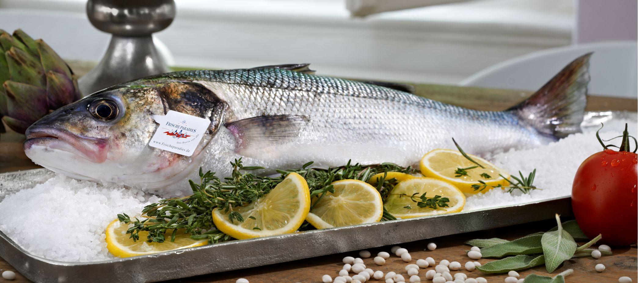 Ganzer-Fisch-Salzwasser