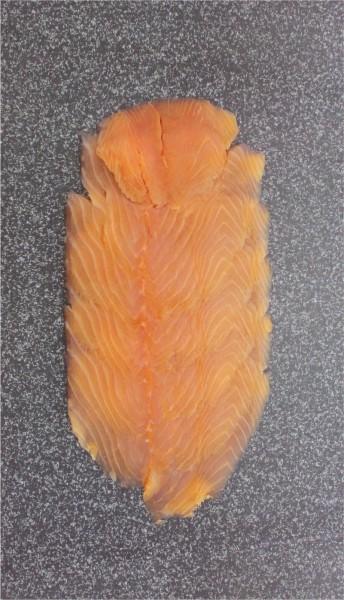 Norwegischer Räucherlachs geschnitten