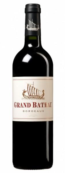 Grand Bateau Rouge